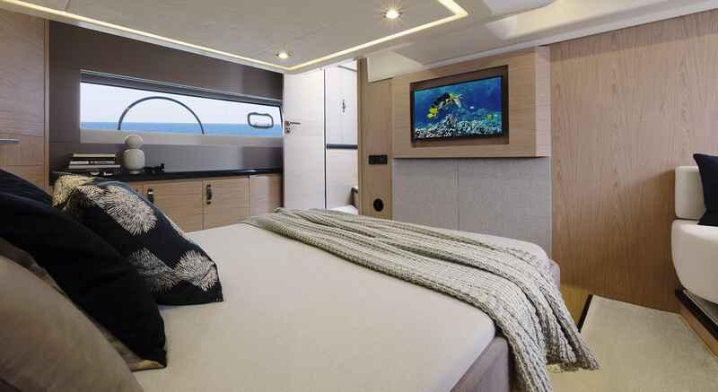 montecarlo-52_interieur_cabine
