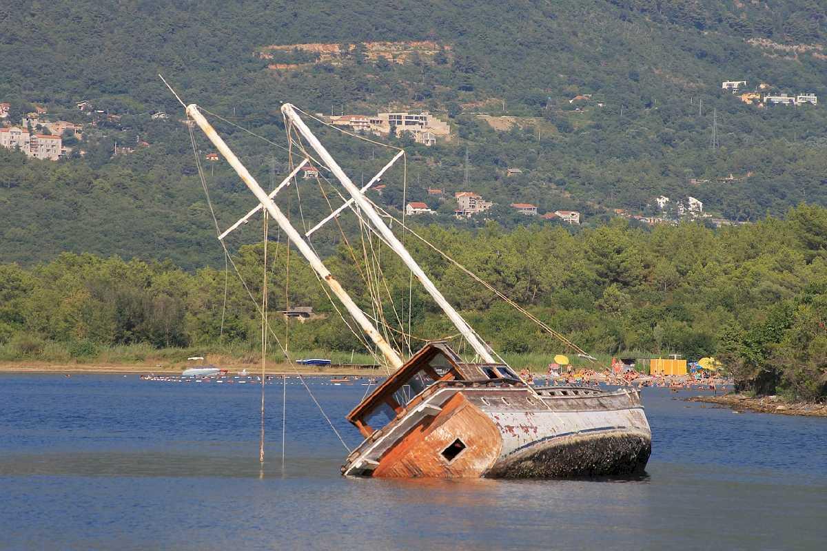 shipwreck-4388637_1280_ok