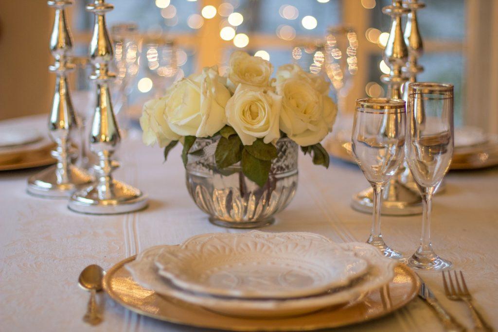 terry cnudde luxury table set